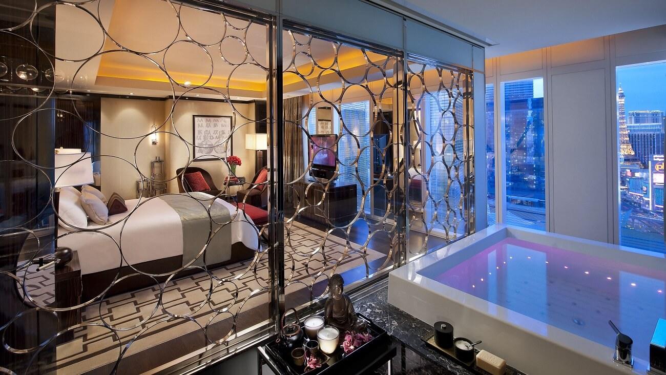Luxe Hotel Las Vegas